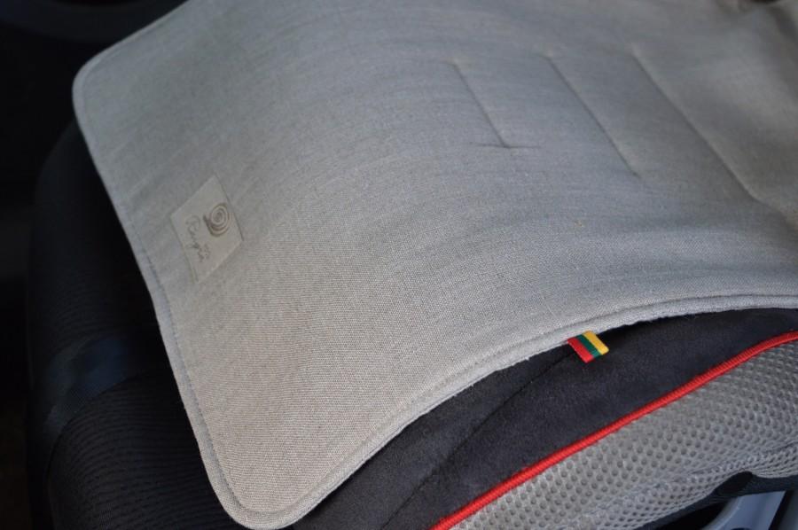Įdėklas į autokėdutę nuo prakaitavimo 15-36 kg